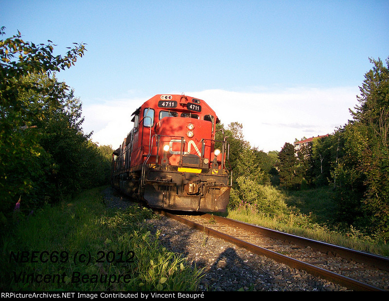 CN 4711 on the 559 West